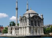 Ortaköy Camisi