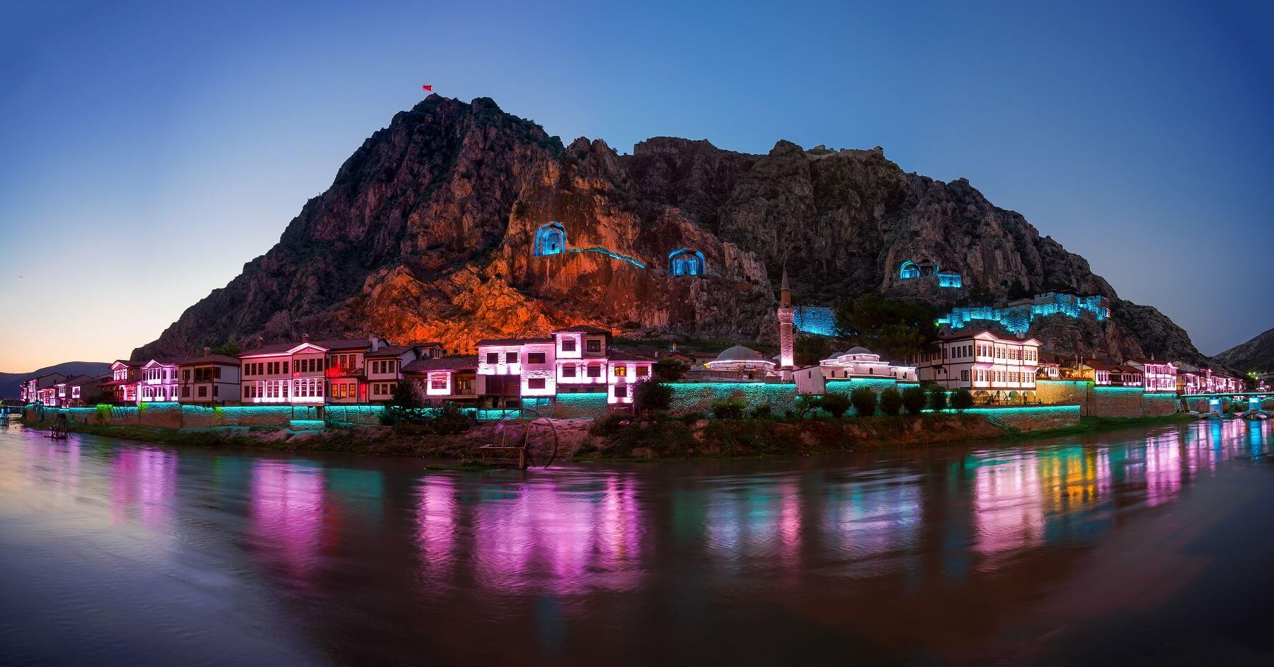 Amasya - Tokat - Borabay Gölü - Ballıca Mağarası Turu
