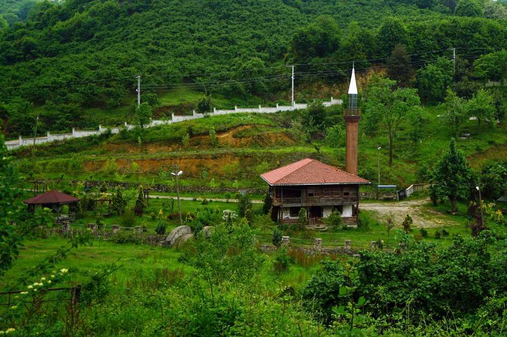 Akçakoca - Fakıllı Mağarası - Hemşin Köyü Turu
