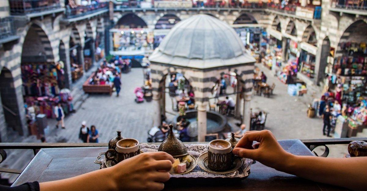Uçaklı Diyarbakır - Mardin Turu